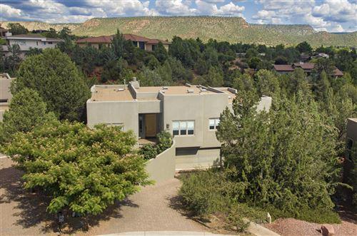 Photo of 120 Fox Trail Loop, Sedona, AZ 86351 (MLS # 523309)