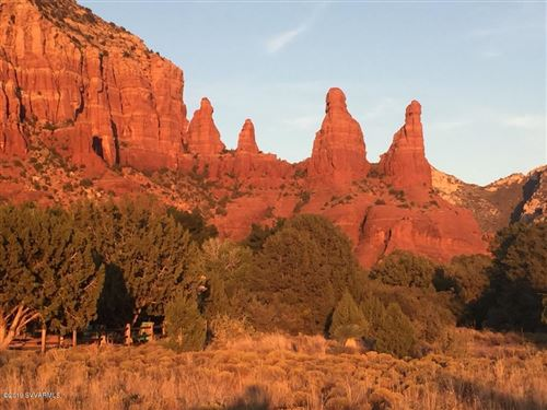 Photo of 5 Eagle Vistas, Sedona, AZ 86336 (MLS # 520392)