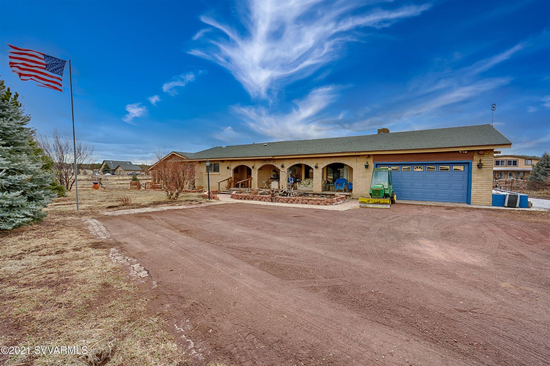Photo of 8725 W Antoinette Way, Flagstaff, AZ 86001 (MLS # 525743)