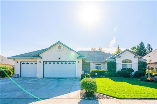 Photo of 2793 Montana Sky Dr, Redding, CA 96002 (MLS # 20-6001)