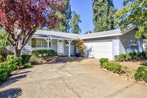 Photo of 2602 Irwin Rd, Redding, CA 96002 (MLS # 20-5037)