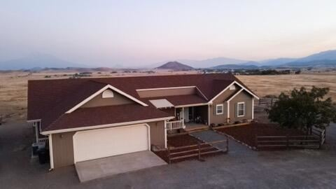 Photo of 6226 Shelley, Montague, CA 96064 (MLS # 21-4042)
