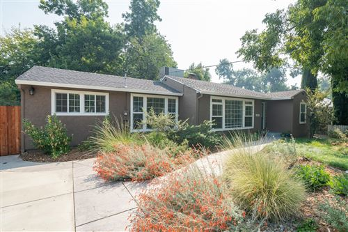 Photo of 2955 Anita St, Redding, CA 96001 (MLS # 20-5046)
