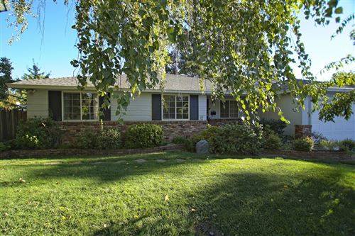 Photo of 700 Lincoln, Redding, Ca 96001 (MLS # 20-5069)