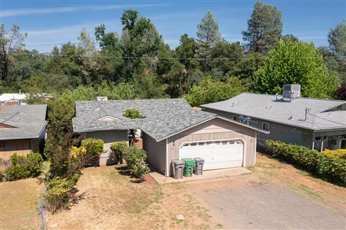 Photo of 1833 Oregon St, Shasta Lake, CA 96019 (MLS # 21-2070)