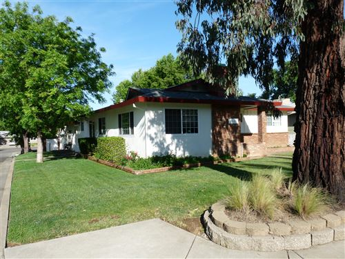 Photo of 2005 Canal Dr, Redding, CA 96001 (MLS # 21-2072)