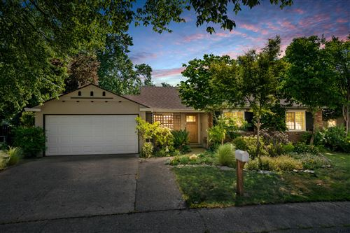 Photo of 2189 Canal Dr, Redding, CA 96001 (MLS # 21-2080)