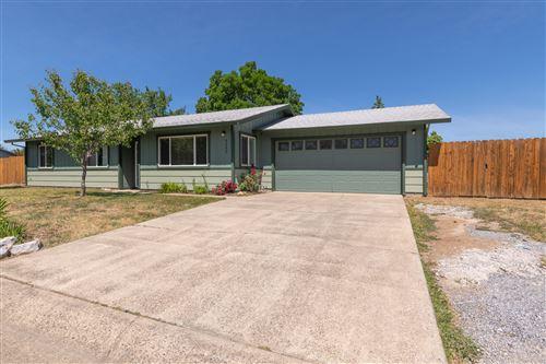 Photo of 4242 Ormsby Way, Redding, CA 96003 (MLS # 21-2089)