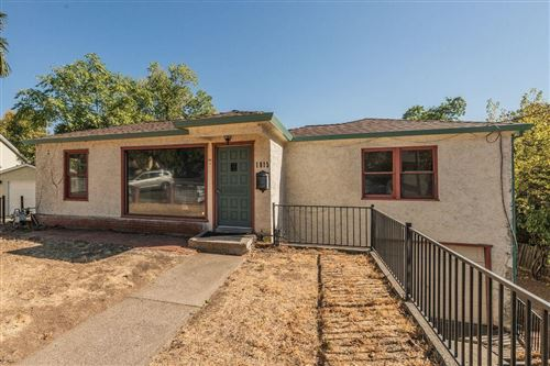 Photo of 1815 9th St, Redding, CA 96001 (MLS # 20-5102)