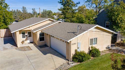 Photo of 2250 Butte St, Redding, CA 96001 (MLS # 20-5144)