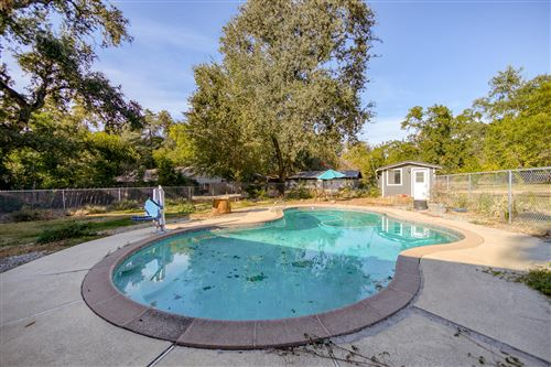 Photo of 5845 Bell Rd, Redding, CA 96001 (MLS # 20-5162)