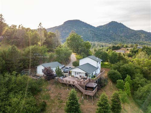 Photo of 22122 Loop Dr, Redding, CA 96003 (MLS # 21-174)