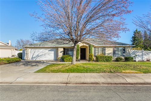 Photo of 4397 Wild Lilac Ct, Redding, CA 96001 (MLS # 21-177)
