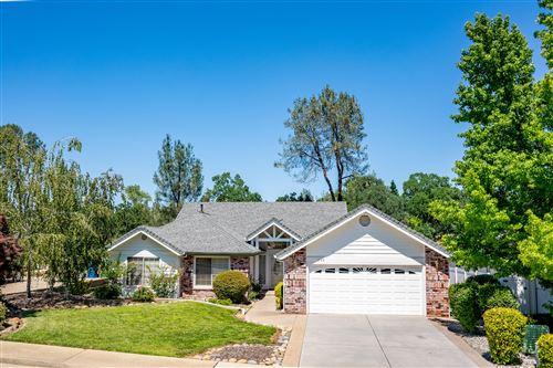 Photo of 1729 Gold Hills Dr, Redding, CA 96003 (MLS # 20-3183)