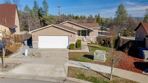 Photo of 3298 Bridgewater Ct, Redding, CA 96003 (MLS # 21-186)