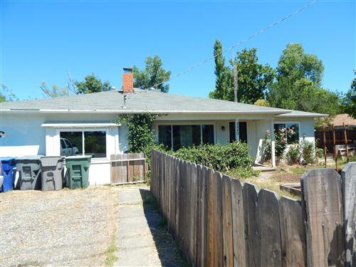 Photo of 2440 Bonnyview, Redding, CA 96001 (MLS # 20-3226)