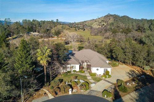 Photo of 13490 Tierra Heights Rd, Redding, CA 96003 (MLS # 20-3281)