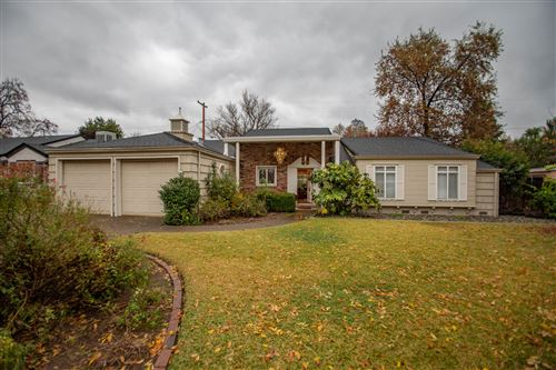 Photo of 2215 Canal Dr, Redding, CA 96001 (MLS # 20-286)