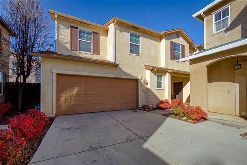 Photo of 2336 La Villa Way, Redding, CA 96003 (MLS # 21-290)