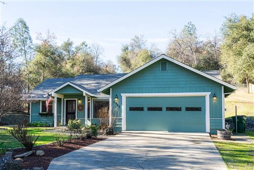 Photo of 2948 Sioux Dr, Shasta Lake, CA 96019 (MLS # 21-292)