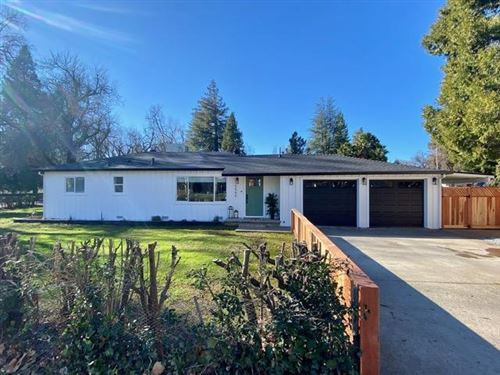 Photo of 5566 Elm Ln, Redding, CA 96001 (MLS # 21-319)