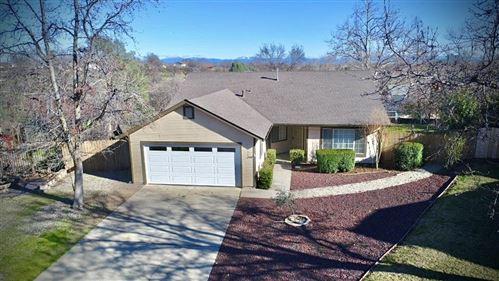 Photo of 531 Hanland Ct, Redding, CA 96003 (MLS # 21-322)