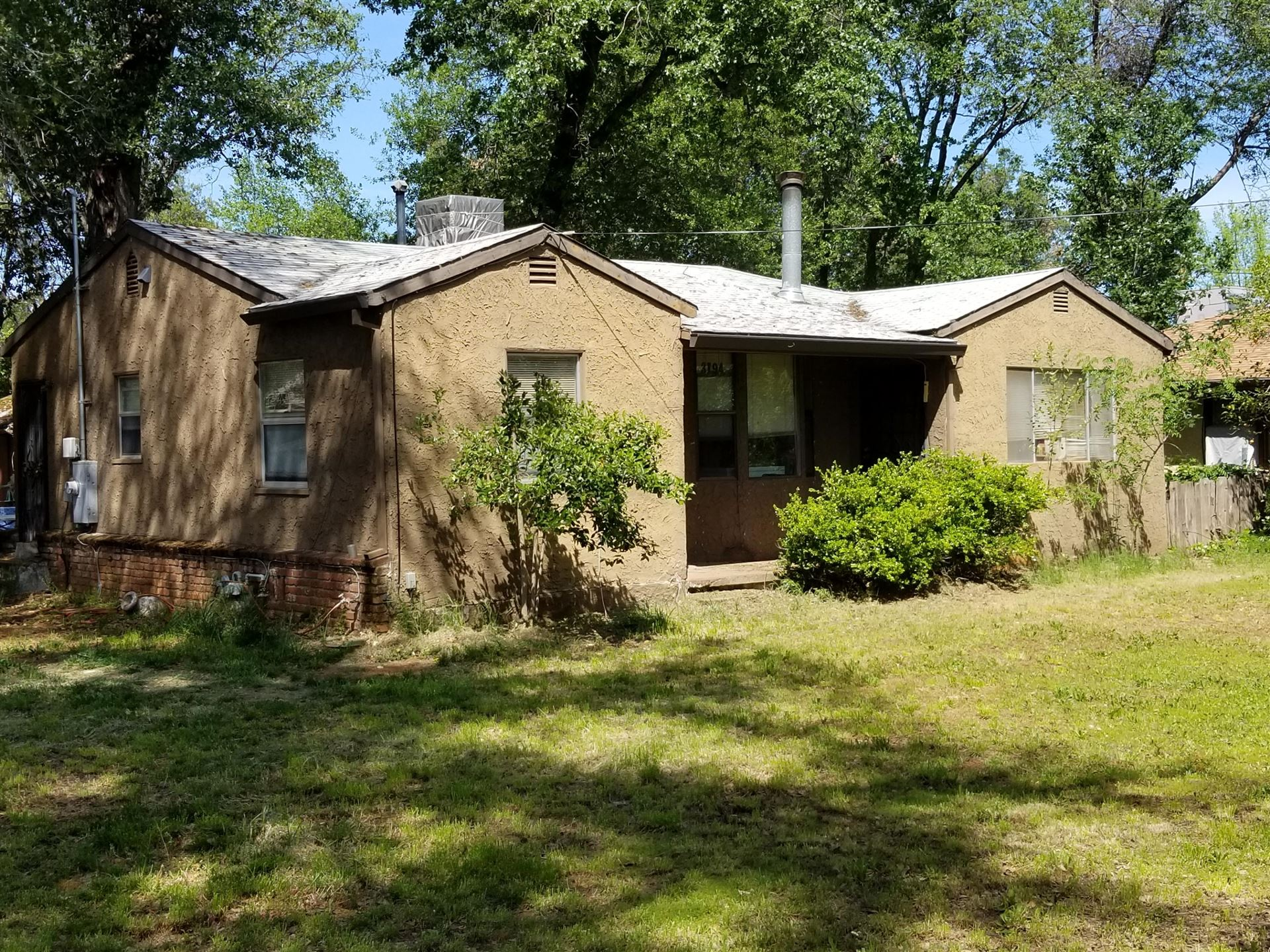 3194 School St, Redding, CA 96002 - MLS#: 19-2341