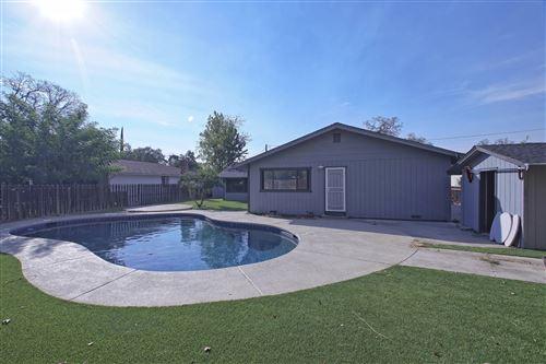 Photo of 1646 El Dorado Way, Redding, CA 96002 (MLS # 21-4357)
