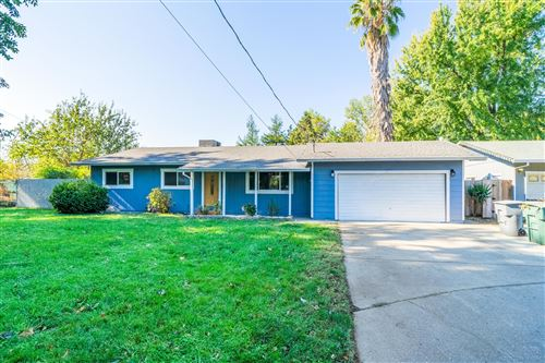 Photo of 7032 Reflection St, Redding, CA 96001 (MLS # 20-5447)