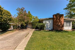 Photo of 2895 Fairway Ave, Redding, CA 96002 (MLS # 19-4452)