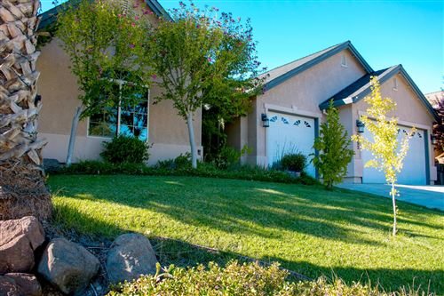 Photo of 2052 Hedgerow Ave, Redding, CA 96003 (MLS # 21-4467)