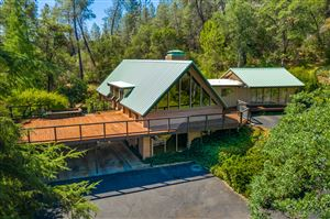 Photo of 17823 Press Rd, Redding, CA 96003 (MLS # 19-4473)