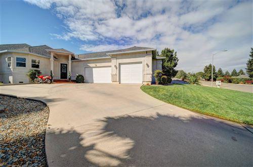 Photo of 1235 Chandon Ct, Redding, CA 96003 (MLS # 21-4474)