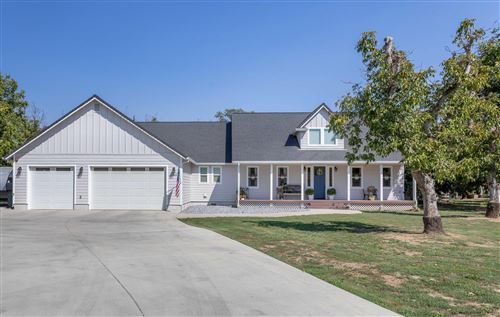 Photo of 5203 Country Farms Ln, Anderson, CA 96007 (MLS # 21-4528)