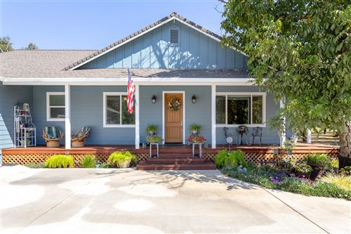 Photo of 5225 Country Farms Ln, Anderson, CA 96007 (MLS # 21-4529)
