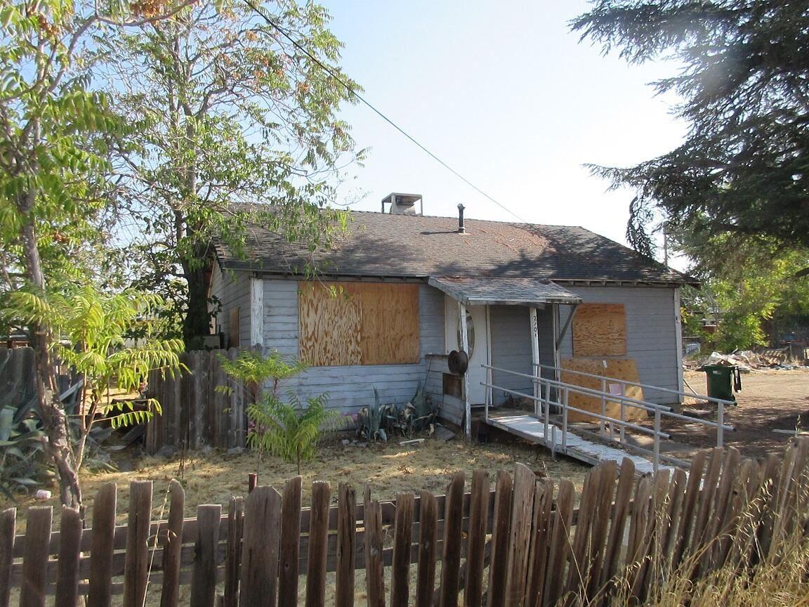 Photo of 2701 Sycamore Ln., Anderson, CA 96007 (MLS # 21-4532)