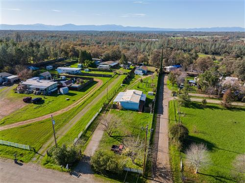 Photo of 18595 Del Norte Dr, Cottonwood, CA 96022 (MLS # 21-4535)