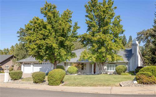 Photo of 19236 Pinnacle Ct, Redding, CA 96003 (MLS # 21-4551)
