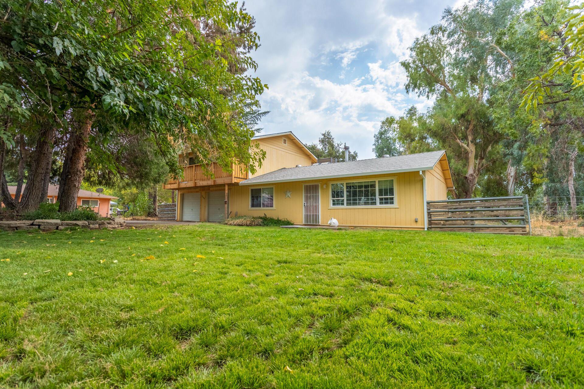 Photo of 22499 Venzke Rd, Cottonwood, CA 96022 (MLS # 21-4553)