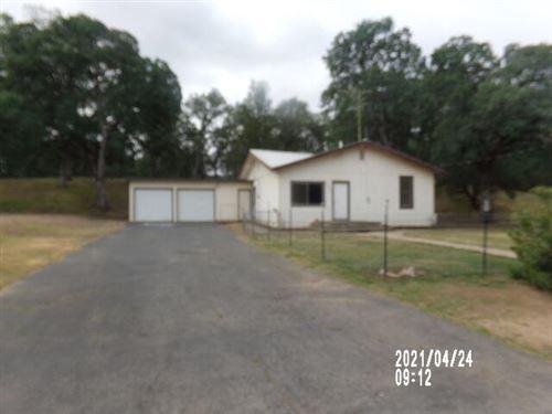 Photo of 18555 Live Oak Rd, Red Bluff, CA 96080 (MLS # 21-3555)