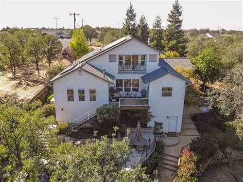 Photo of 22260 Fawn Way, Lake California, CA 96022 (MLS # 21-4561)