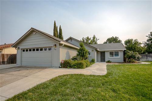Photo of 2831 Amethyst Way, Redding, CA 96003 (MLS # 20-4567)