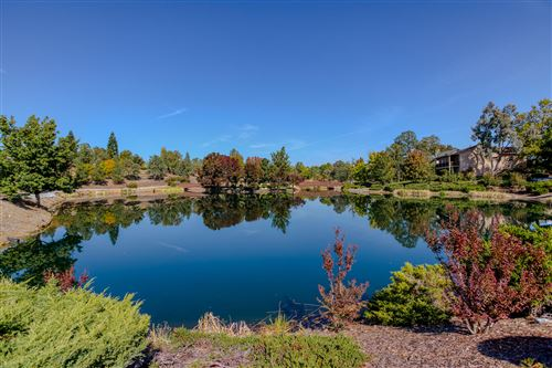 Photo of 335 Franciscan Trl, Redding, CA 96003 (MLS # 19-5572)