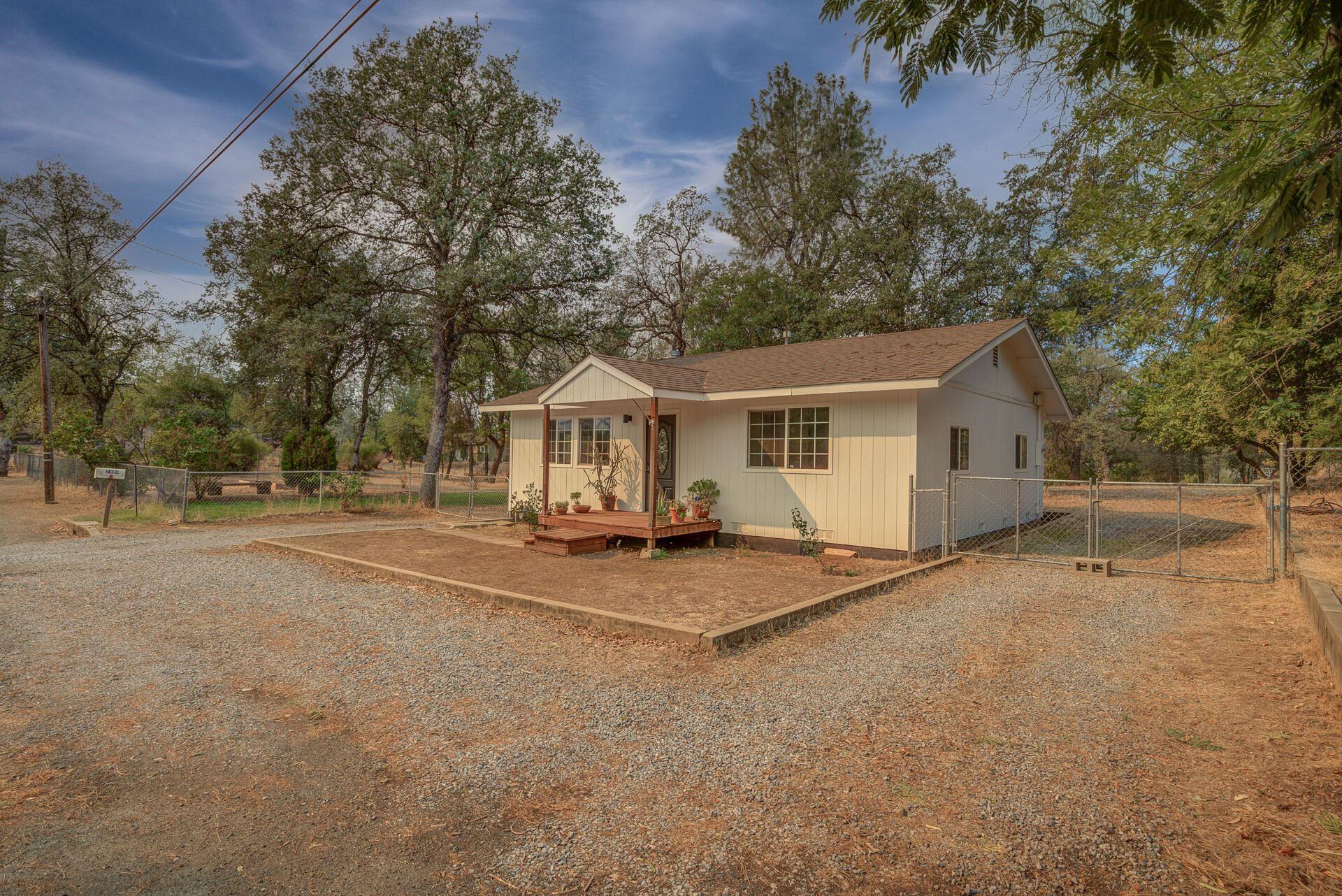 Photo for 2858 Virginia Ave, Shasta Lake, CA 96019 (MLS # 21-4574)