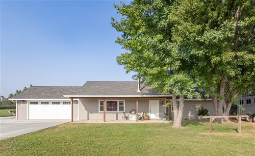 Photo of 22394 Lone Tree Rd, Anderson, CA 96007 (MLS # 20-4584)