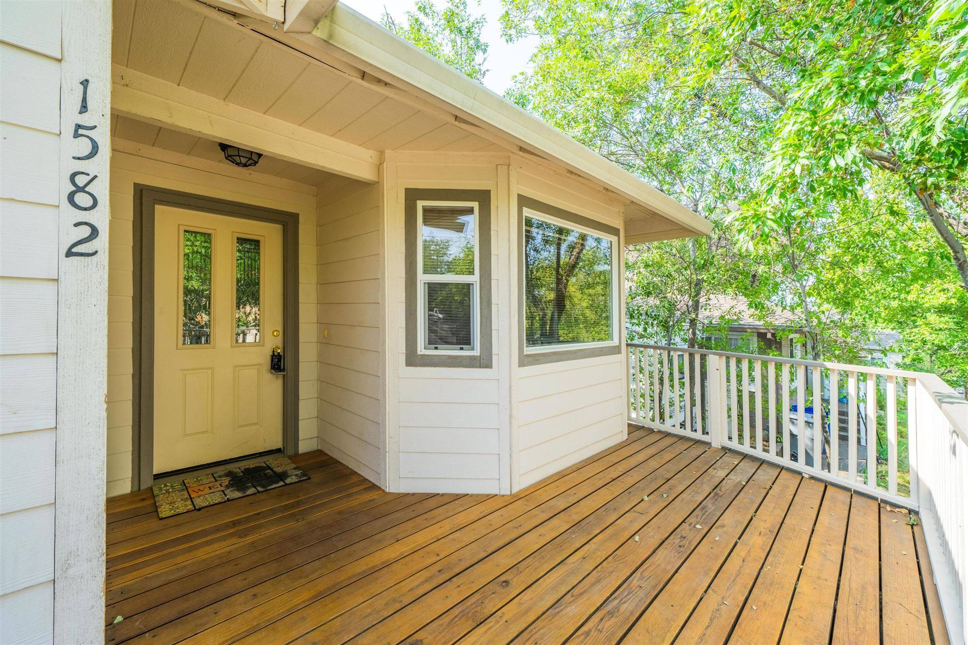 1582 Olive Ave, Redding, CA 96001 - MLS#: 20-4588