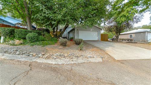 Photo of 2908 West St, Redding, CA 96001 (MLS # 20-4589)