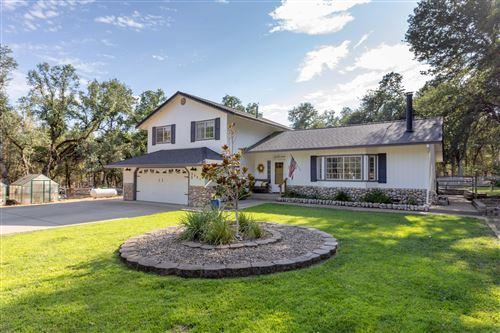 Photo of 3321 Carriage Ln, Cottonwood, CA 96022 (MLS # 21-3599)