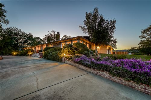 Photo of 8900 Swasey Dr, Redding, CA 96001 (MLS # 21-1605)