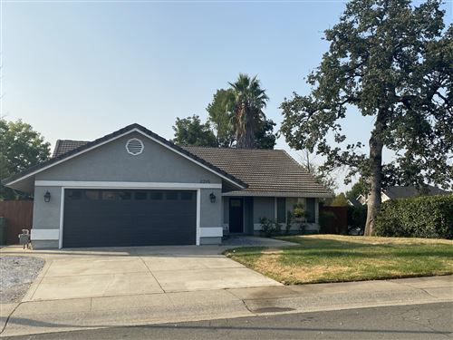 Photo of 2215 Kathleen Way, Redding, CA 96003 (MLS # 20-4606)